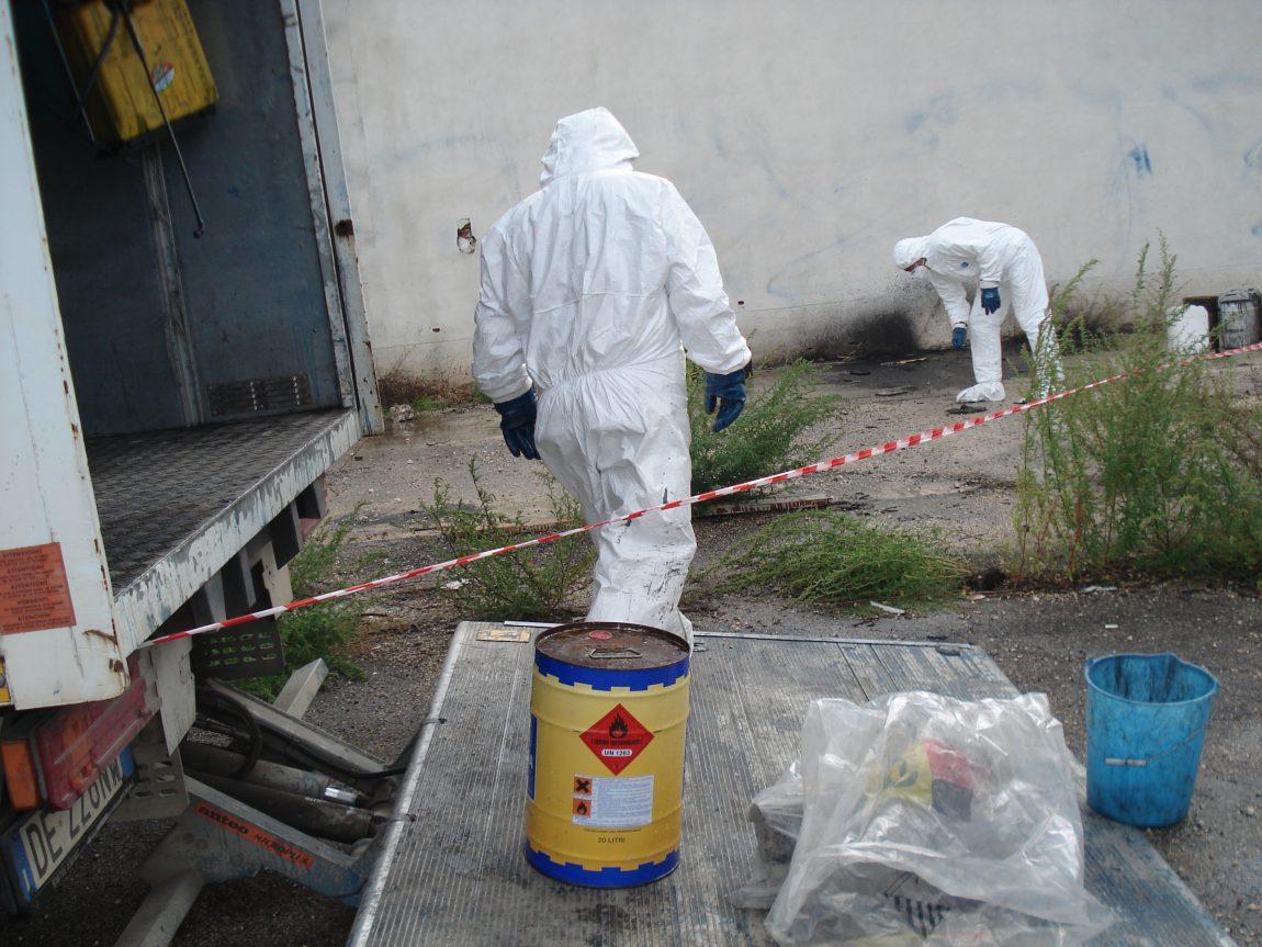 Raccolti-rifiuti-pericolosi1.jpg